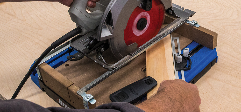 Get high-quality results with a Kreg® cutting guide