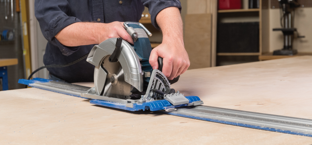 Experience the precision of guided cutting